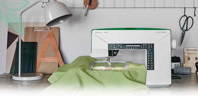 HUSQVARNA_VIKING_Sewing_Desk